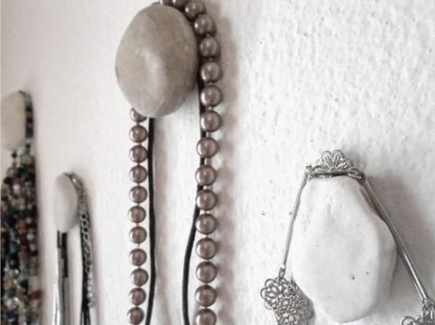 Pebble hangers